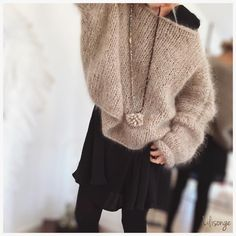 Knit Fashion, Fashion Outfits, Womens Fashion, Gros Pull Mohair, Stitch Fit, Big Knits, Mohair Sweater, Classy Outfits, Autumn Winter Fashion
