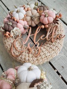 Fabric Pumpkins, Fall Pumpkins, Pumpkin Crafts, Fall Crafts, Pink Pumpkin Party, Farmhouse Fall Wreath, Christmas Flower Arrangements, Arte Floral, Halloween Party Decor