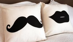 Moustache & Lips Throw Pillow Cushion Cover - Perfect Gift for a Couple for Movember via Etsy Cute Pillows, Diy Pillows, Decorative Pillows, Cushions, Throw Pillows, Diy Pillow Covers, Cushion Covers, Sewing Projects, Diy Projects