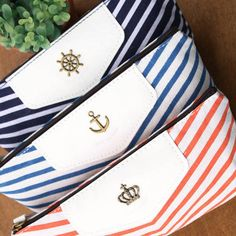 1PCS South Korea stationery bag bag pencil box pencil case pencil case students triangular cloth customized wholesale