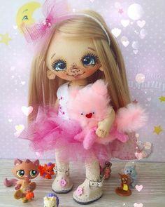 У Конфетки есть смешной котячий  питомец) #Сладулькиотириски #handmade_nation…