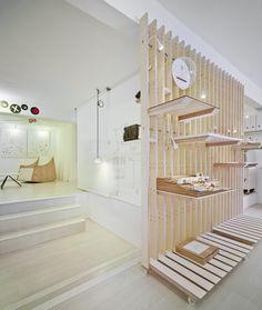 estudio ji arquitectos, David Frutos · Workshop and Gallery, Altea. Selected to Fourth Iberoamerican design biennial Retail Interior Design, Retail Store Design, Retail Stores, Boconcept, Living Furniture, Cool Furniture, Window Display Retail, Display Wall, Retail Displays