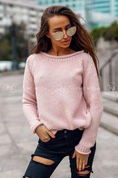 Dámsky pletený oversize sveter s rolákom v morskej modrej farbe. Pullover, Sweaters, Life, Decor, Fashion, Pink, Breien, Moda, Decoration