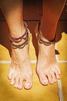 Macrame anklet / / Macrame Anklet by UltraVioletMacrame on Etsy