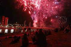 Concerts, neon, sand and fireworks to cap off Riverfest - Kansas.com