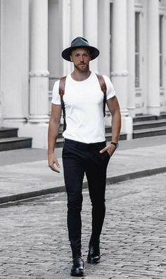 11 Best Mens Fashion Tips To Elevate Your Style! 11 Best Mens Fashion Tips To Elevate Your Style! Fashion Mode, Fashion Tips, Fashion Trends, Fashion Ideas, Street Fashion, Fashion Quotes, Style Masculin, Mode Simple, Look Man