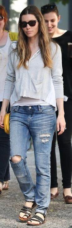 Street style Jessica Biel: boyfriend jeans