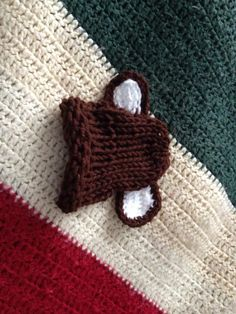 loom knitted baby hats https://www.facebook.com/chafindiehl