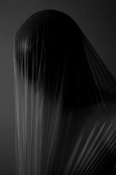 Art Sombre, Haunted Images, Catty Noir, Dark Photography, Portrait Photography, Oeuvre D'art, Les Oeuvres, Sculpting, Black And White