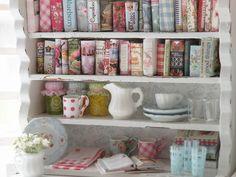 put a book shelf in kitchen with all cookbooks