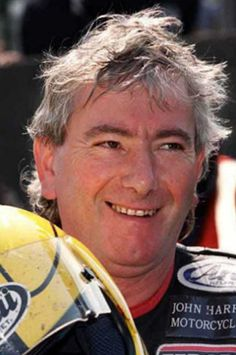 The Legend - Joey Dunlop OBE, Dedicated Freemason (a member of Vow Ferry Lodge and carer for the less fortunate. Motorcycle Racers, Templer, Road Racing, Sport Bikes, Cool Bikes, Northern Ireland, Hero, Freemasonry, Motorbikes