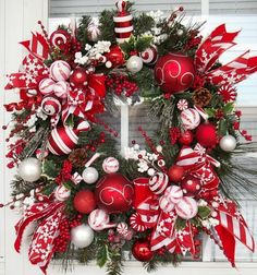 Christmas Candy Wreath for my kitchen. Christmas Door, Christmas Candy, All Things Christmas, Christmas Holidays, Christmas Decorations, Christmas Lanterns, Blue Christmas, Holiday Wreaths, Holiday Crafts