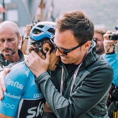 source instagram teamsky This is what it means! @landameana @andoni1988 #Giro100 ( @cyclingimages) teamsky 2017/05/27 02:57:39