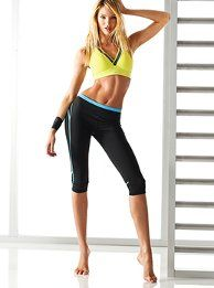 VS Knockout Crop Tight
