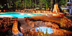 $159 -- Scenic Callaway Gardens Lodge w/Breakfast, Reg. $264 | Travelzoo