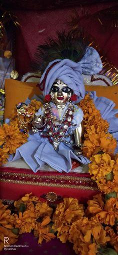 Bal Krishna, Cute Krishna, Shree Krishna, Krishna Art, Loreal Hair Color Chart, Ladoo Gopal, Krishna Painting, Simple Acrylic Paintings, Krishna Wallpaper