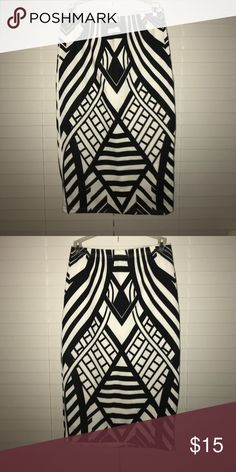 Skirt Black and white printed pencil skirt with elastic in waist Skirts Pencil