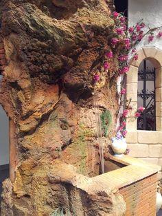 Small indoor water features wonderfull design ideas with - Poliuretano imitacion piedra ...