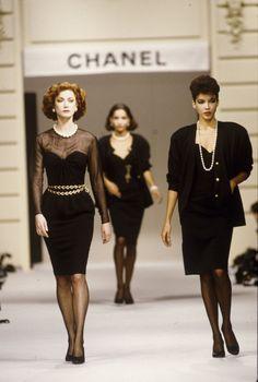 Mode Chanel, Chanel Runway, Chanel Couture, Couture Fashion, Runway Fashion, Fashion Outfits, Women's Fashion, Lauren Hutton, Jean Shrimpton