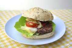 Met deze vega burgers krijg je zelfs de meest verstokte vleesliefhebber aan het schransen. Geef er een salade en geroosterde groenten bij. Of maak er complete hamburgerbroodjes van [...]