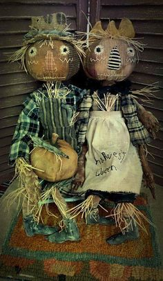 Harvest King and Queen by returning artist Sharon Stevens of Mustard Seed Originals.
