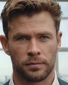 Stylish Boy Haircuts, Thor Wallpaper, Best Avenger, Hemsworth Brothers, Chris Hemsworth Thor, Men Hair Color, Marvel Photo, Star Wars, Beautiful Men Faces