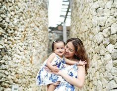 Marian Rivera and Baby Zia in Matching Outfits Are the Cutest Thing! Celebrity Couples, Celebrity Photos, Marian Rivera, Black Pink Kpop, Look Alike, Matching Outfits, Star Fashion, Mom And Dad, Daughter