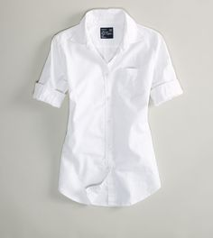 simple white button down shirt, AE, never underestimate the power of the simple white shirt. Madame Chic, I Love Fashion, Fashion Ideas, Fashion Inspiration, Fashion Trends, Beautiful Outfits, Beautiful Clothes, Mens Outfitters, White Shirts