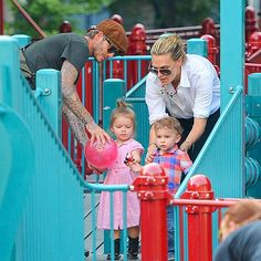 TODDLER TIME photo | David Beckham w/ Harper & MOlly Sims w/ Brooks