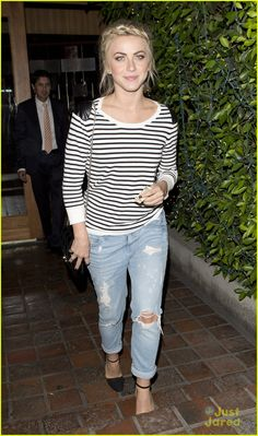 Julianne Hough Grabs Dinner After 'DWTS'