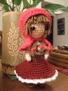 Little Red Riding Hood amigurumi.