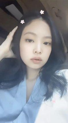 Rose Video, Video Pink, Blackpink Video, Foto E Video, Kim Jennie, Black Pink Jennie Kim, Beautiful Wallpapers For Iphone, Beautiful Girl Wallpaper, Yg Entertainment
