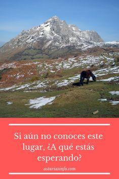 Rutas por #Asturias. UN LUGAR HERMOSO QUE TE DEJARÁ SIN PALABRAS. Si aún no conoces ese lugar, ¿a qué estás esperando?. ven aconocerlo y a disfrutarlo. La bella ruta cima L'Angliru se localiza en la Sierra del Aramo en el concejo de Riosa y en plena Montaña Central de Asturias. #España #Paisajes #Montañas #Landscape #Spain Las Vegas, Sierra, Land Scape, Bella, Spain, Nature, Travel, Oviedo, Waiting