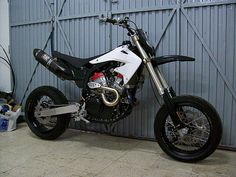 Honda Africa Twin Supermoto