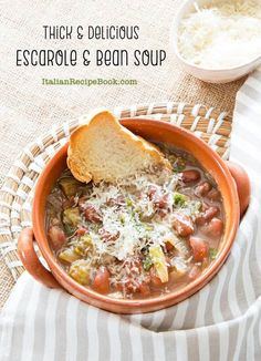 Thick, creamy and super simple escarole and bean soup is made for those fall and winter days when hot comfort food is much appreciated. Italian Recipe Book, Italian Soup Recipes, Bean Soup Recipes, Vegetarian Recipes, Thick Soup Recipe, Escarole Recipes, Slow Cooker Mexican Chicken, Creamy Pumpkin Soup, Bowl Of Soup