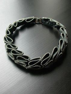 Bijuterias feitas com Zíper