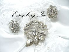 VJSE and Etsy School  Photography Rhinestone Jewelry by ezvintagefinds on Etsy