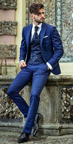 Trendy Moda Masculina Formal Suits Fashion Looks 46 Ideas Blue Suit Men, Navy Suits, Man In Suit, Burgundy Suit, Suit For Men, Grad Suits, Graduation Suits, Designer Suits For Men, Herren Outfit