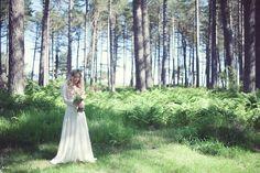 Beautiful, Natural, Eco-Friendly and Bohemian wedding dress inspiration | http://www.greenweddingphotography.co.uk/