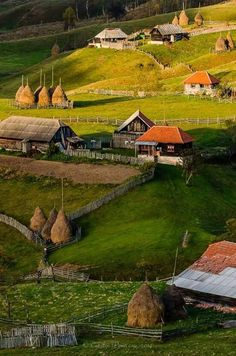 Romania,Sureanu Mountains in Hunedoara County Beautiful Places To Visit, Wonderful Places, Places To See, Bulgaria, Visit Romania, Romania Travel, Cabana, Countryside, Travel Inspiration