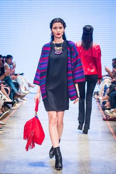 Mercedes-Benz Fashion Week   Lydia Lavín Mexican Fashion, Mexican Outfit, Mexican Style, Boho Outfits, New Outfits, Fall Outfits, Fashion Outfits, Fiesta Outfit, Sunday Outfits