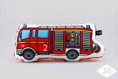 Feuerwehr zum Kuscheln, kleines Lieblingskissen  von Jungs & Söhne auf DaWanda.com