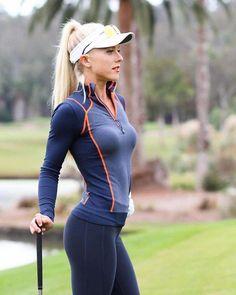 Incredible Stylish Women's Golf Clothing Ideas. Ravishing Stylish Women's Golf Clothing Ideas. Girls Golf, Ladies Golf, Womens Golf Shirts, Sexy Golf, Actrices Sexy, Golf Wear, Sporty Girls, Golf Fashion, Athletic Women