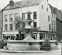 Berwick Fountain, Grand Parade, Cork and junction with Tuckey Street. County Cork Ireland, Galway Ireland, Ireland Vacation, Ireland Travel, Cork City, Ireland Landscape, Education Architecture, Paris Travel, Culture Travel