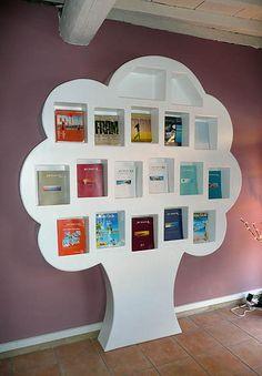 arbre présentoir en carton revues
