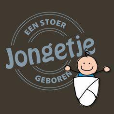 Een vrolijke felicitatiekaart voor de geboorte van een jongen. Kenmerken: zoon, lief, geboren, geboorte, baby, stempel, blauw, papa, mama, ouders.  (Felicitatiekaart, geboorte)