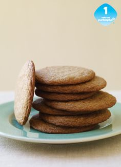 Choose from healthy recipes from WW (Weight Watchers). From tasty mains to delicious desserts, find recipes that work with your lifestyle and SmartPoints® Budget. Ww Desserts, Healthy Desserts, Delicious Desserts, Dessert Recipes, Yummy Food, Healthy Recipes, Weight Watcher Cookies, Weight Watchers Desserts, Ww Recipes