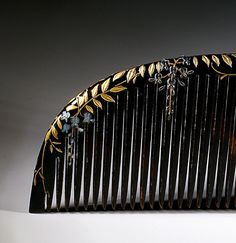 Japanese comb, wisteria motif