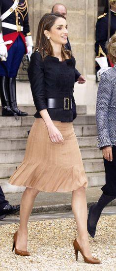 H.M. Queen Rania of Jordan – @VanityFair International Best Dressed List 2004 — http://www.vanityfair.com/style/the-international-best-dressed-list/2004/6