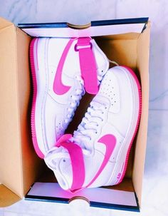 Cute Nike Shoes, Cute Nikes, Cute Sneakers, Shoes Sneakers, Cute Preppy Outfits, Nike Shoes Air Force, Swag Shoes, Aesthetic Shoes, Fresh Shoes